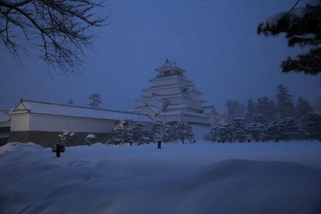 鶴ケ城・会津絵ろうそくまつり ~雪ほたる~